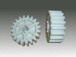 plastic-gear-2